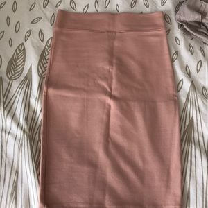 Skirt blush color